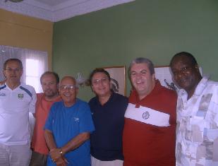 20100214013500-ucha-brasil.jpg