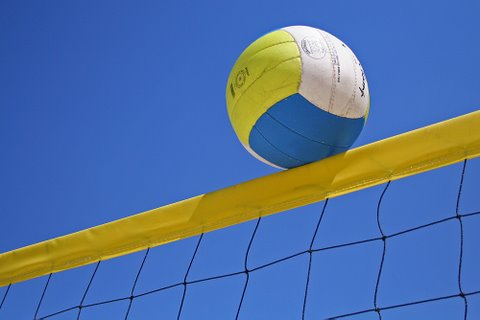 20120407133815-volley-ucha.jpg